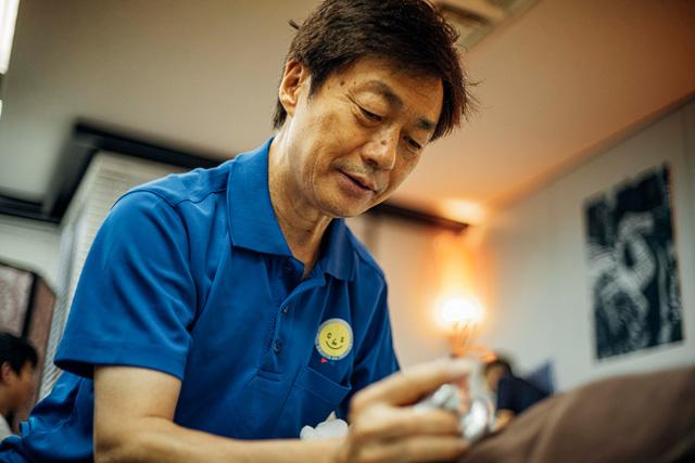 <p>Newsletter Vol.25</p>CS60施術者佐藤忠義さんインタビュー(前編)<br>Interview with CS60 Practitioner Tadayoshi Sato (Part I)<br>Praticien du CS60 : l'interview de Monsieur Tadayoshi Sato (première partie)